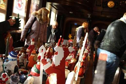 Weihnachtsdeko-Trödel beim Mendener Winter
