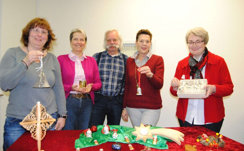 Trödelmarkt für Weihnachtsdekoration